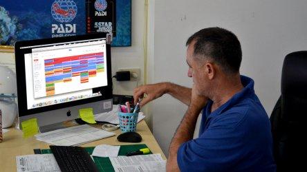 Darren Gaspari Course Director Aussie Divers Phuket Idc