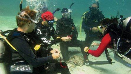 PADI IDC Phuket Aussie Divers Christophe Pace