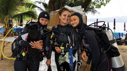 PADI Instructor IDC Aussie Divers Phuket Women