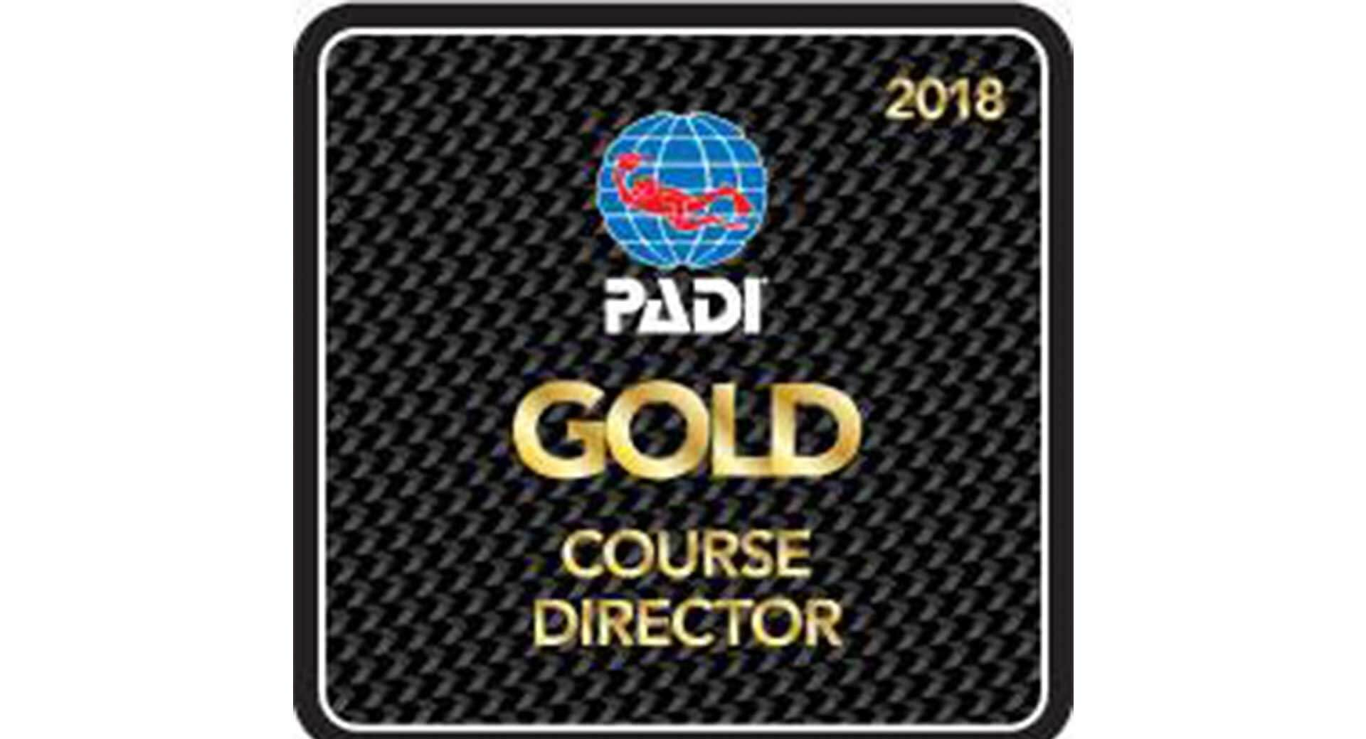 Darren Gaspari receives PADI Gold Course Director Award 2018